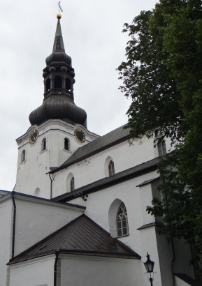 Random church in Tallinn.